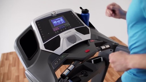 Horizon CT9.3 Treadmill - image 8 from the video