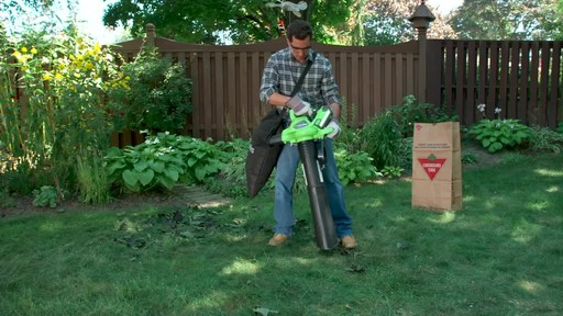 GreenWorks 40V LithiumIon Brushless Cordless Leaf Blower Vac - image 2 from the video