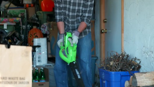 GreenWorks 40V LithiumIon Brushless Cordless Leaf Blower Vac - image 6 from the video