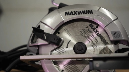 MAXIMUM 15A Circular Saw with E-Brake - Francis' Testimonial - image 3 from the video