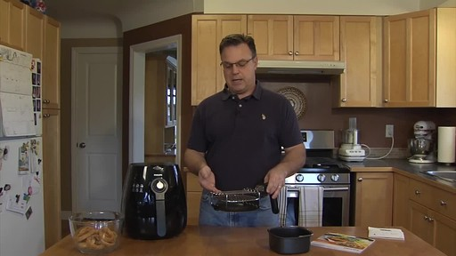 Philips Airfryer - Patrick's Testimonial - image 8 from the video