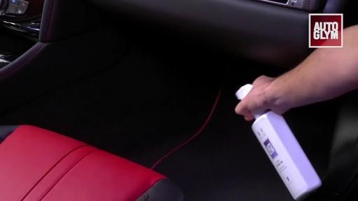 Autoglym Odour Eliminator - image 5 from the video