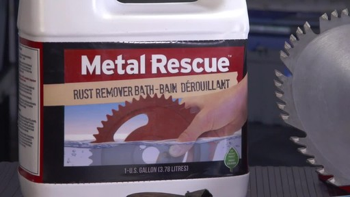 Workshop Hero Metal Rescue Rust Remover Bath - image 8 from the video