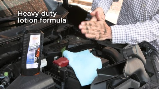 Permatex Fast Orange Professional Pumice Hand Cleaner - image 5 from the video