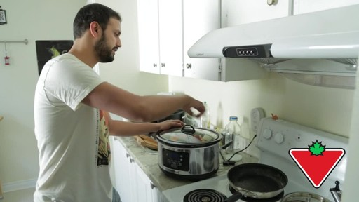 Hamilton Beach Slow Cooker - Remo's Testimonial - image 2 from the video