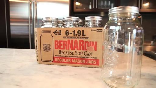 Bernardin Regular 1.9 L Jar - image 8 from the video