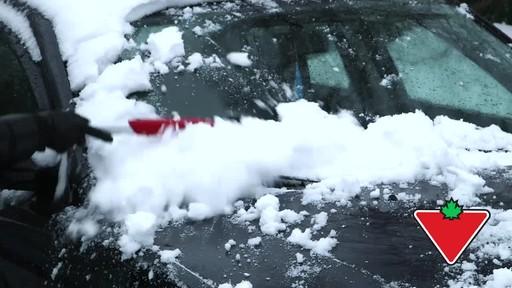 Garant EVA Snowbrush- Lise Testimonial - image 1 from the video