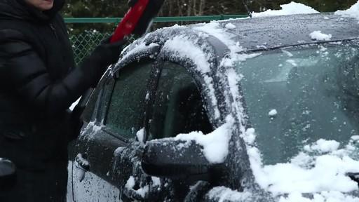 Garant EVA Snowbrush- Lise Testimonial - image 8 from the video