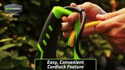 Greenworks 4A Electric Hedge Trimmer - image 2 from the video