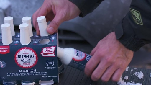 Kleen-Flo Premium Gas-Line Anti-Freeze, 6-pk - image 3 from the video