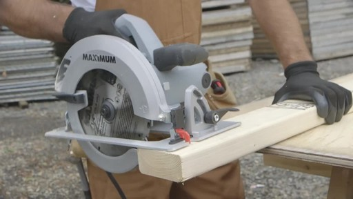 MAXIMUM Circular Saw - image 4 from the video