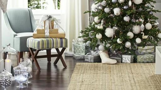 Create a decorative present trio - image 4 from the video