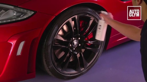 Autoglym Instant Tyre Dressing - image 5 from the video