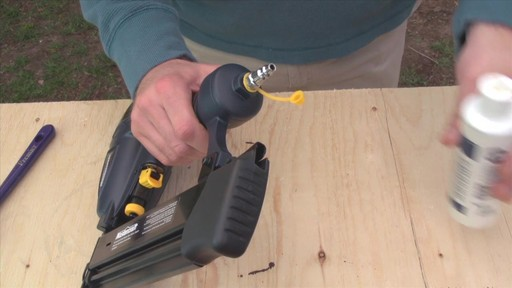 Combo Air Nailers User Guide - image 9 from the video