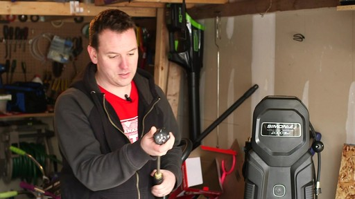 Simoniz Platinum 2000 PSI Electric Pressure Washer - Nathan's Testimonial - image 3 from the video