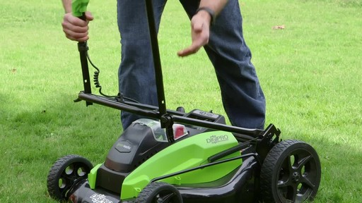Gareth & Doug's Review of the Greenworks 40V Lawnmower  - image 5 from the video