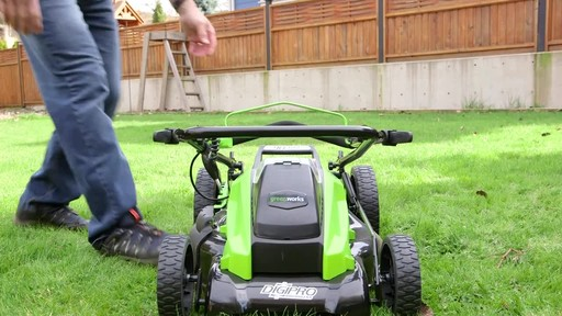 Gareth & Doug's Review of the Greenworks 40V Lawnmower  - image 6 from the video