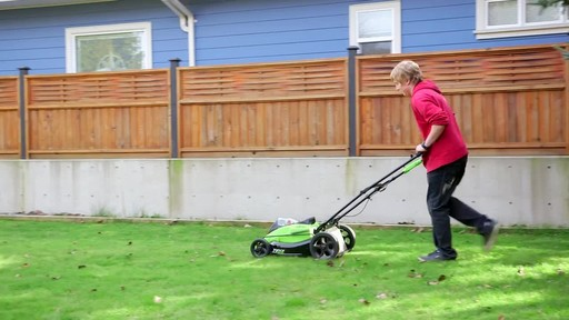Gareth & Doug's Review of the Greenworks 40V Lawnmower  - image 9 from the video