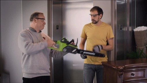 CANADIAN TIRE COMMERCIAL (FALL 2013) – GREENWORKS BRUSHLESS CHAINSAW - image 4 from the video