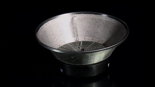 Breville Juice Fountain Plus - image 6 from the video
