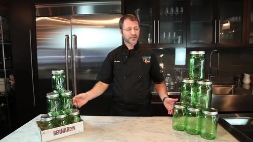 Bernardin Vintage Jars, 1-L, Green - image 4 from the video