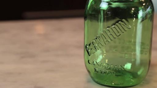 Bernardin Vintage Jars, 1-L, Green - image 5 from the video
