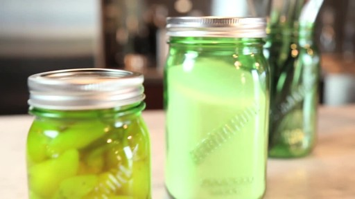 Bernardin Vintage Jars, 1-L, Green - image 7 from the video