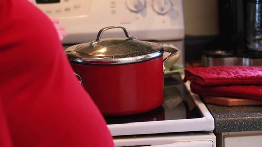 Circulon Red Straining Stock Pot- Adriana's Testimonial - image 2 from the video