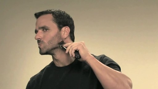 Wahl Beard Battery Trimmer - image 10 from the video