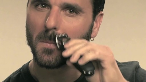 Wahl Beard Battery Trimmer - image 9 from the video