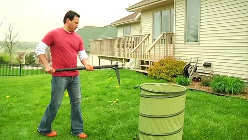 Fiskars Stand Up Weed Remover - image 6 from the video
