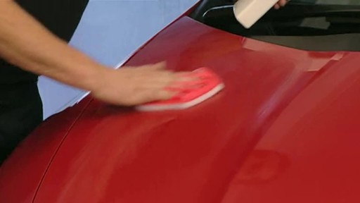 Autoglym Super Resin Polish - image 7 from the video
