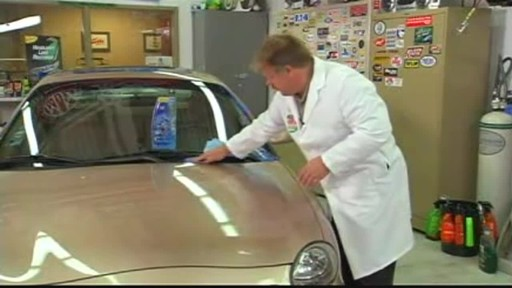 Turtle Wax Polishing Compound - image 5 from the video
