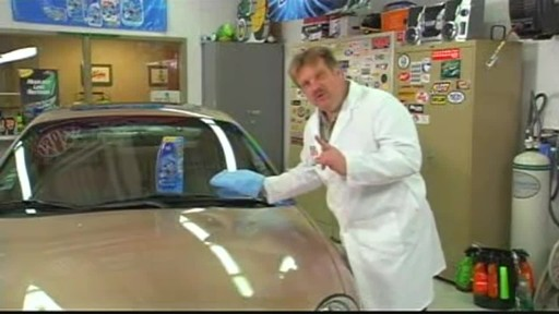 Turtle Wax Polishing Compound - image 7 from the video
