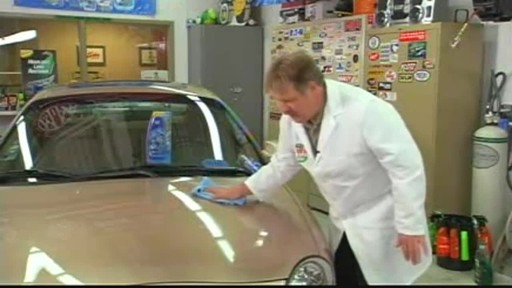 Turtle Wax Polishing Compound - image 8 from the video