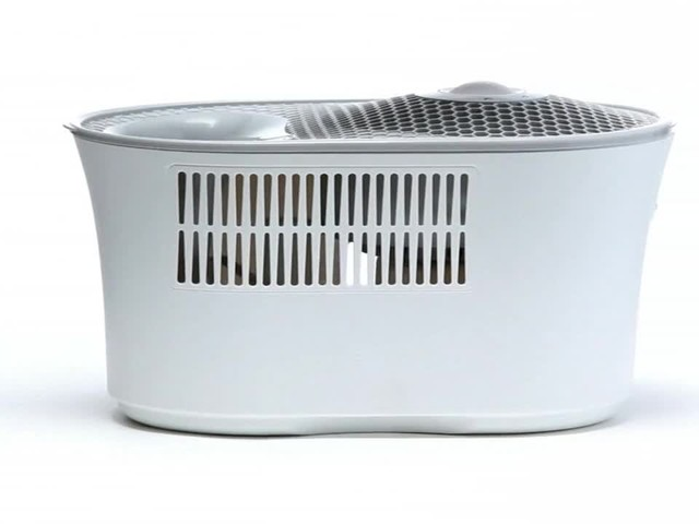 Honeywell Cool Mist Humidifier - image 7 from the video