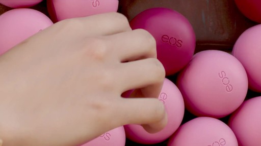 eos Lip Balm Spheres products | drugstore.com - image 6 from the video