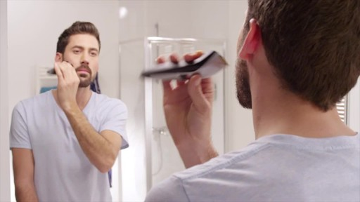 Philips Norelco BeardTrimmer 3100 Model QT4000/42 | drugstore.com - image 6 from the video