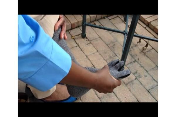 IMAK Arthritis Socks | drugstore.com - image 7 from the video