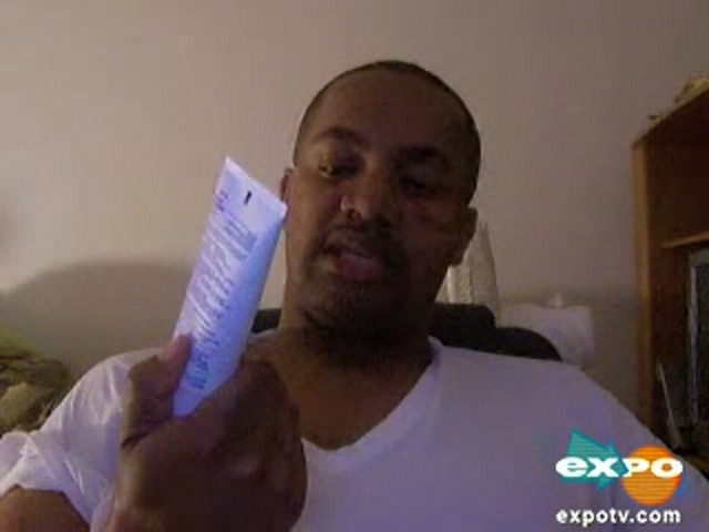 Vicks vaporub greaseless cream - image 1 from the video
