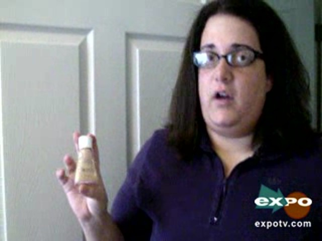 CoverGirl Clean Liquid Make Up , Soft Honey - image 4 from the video