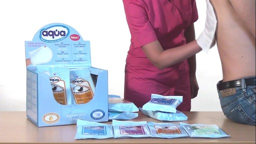 CLEANIS Aqua Pre-Moistened Wash Gloves, Sensitive product | drugstore.com - image 8 from the video