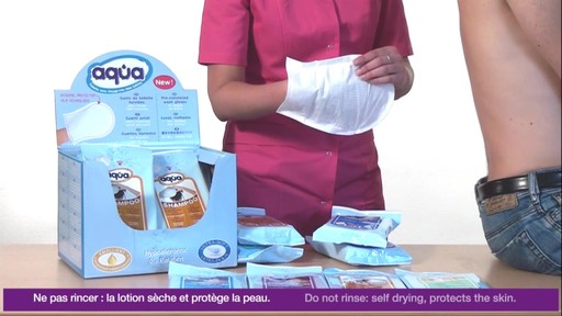 CLEANIS Aqua Pre-Moistened Wash Gloves, Sensitive product | drugstore.com - image 9 from the video