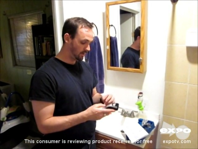 Philips Norelco QT4014/42 Beard & Stubble Trimmer review | drugstore.com - image 4 from the video