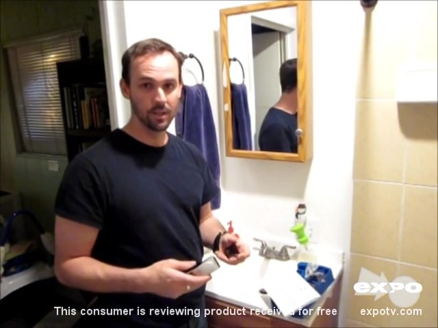 Philips Norelco QT4014/42 Beard & Stubble Trimmer review | drugstore.com - image 6 from the video
