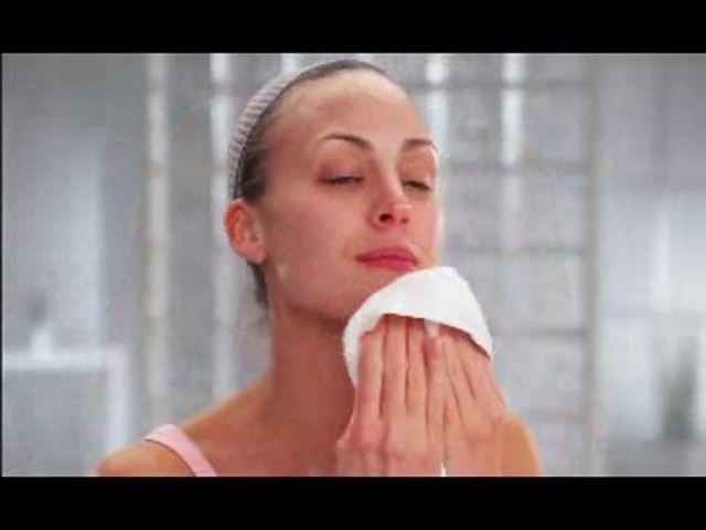 Conair True Glow Sonic Facial Skincare System product | drugstore.com - image 8 from the video