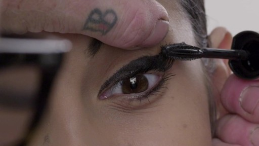 L'Oreal Paris Voluminous Voluminous Butterfly Washable Mascara | drugstore.com - image 9 from the video