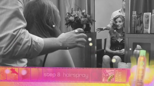 Styling Video - Glamorous Curls - image 8 from the video