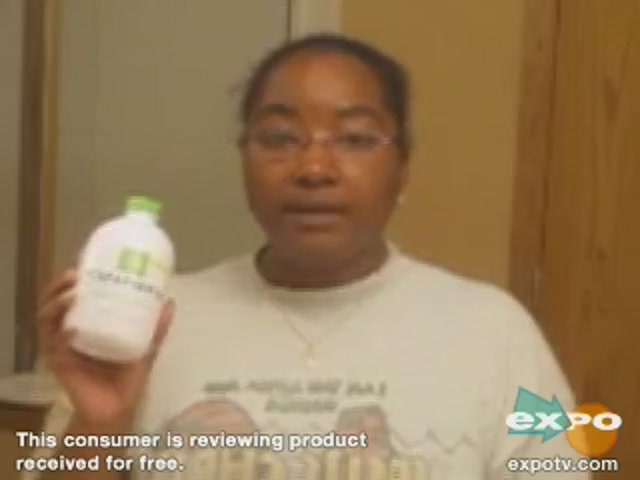 Rembrandt Deeply White Mouthwash - image 10 from the video
