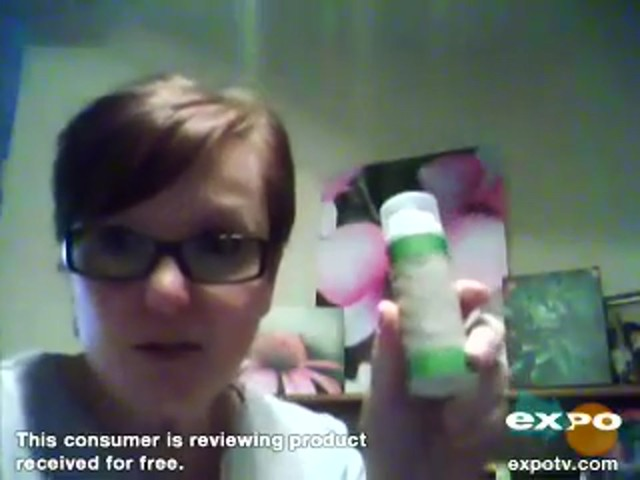 Garnier Ultra-Lift 2-In-1 Wrinkle Reducer Serum & Moisturizer - image 10 from the video